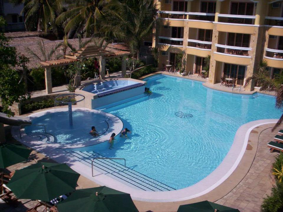 Swimming pool builders philippines for Top pool builders